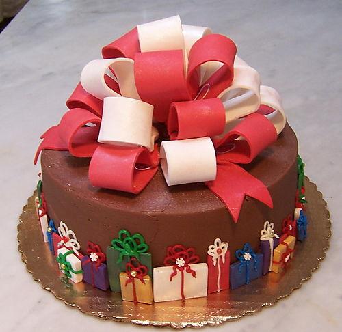 torta di natale con coccarda