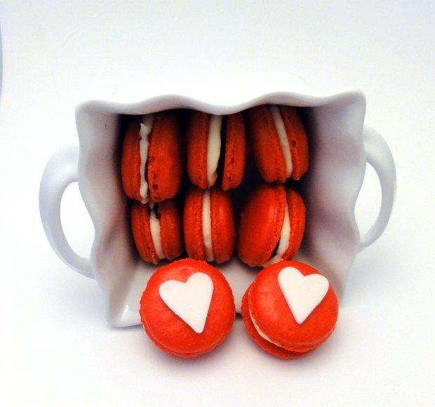 macarons con cuore san valentino