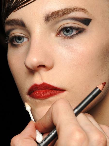 make up armani 3