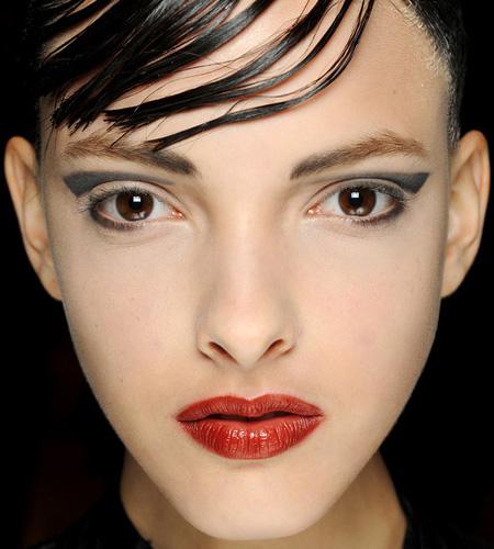 make up armani 6