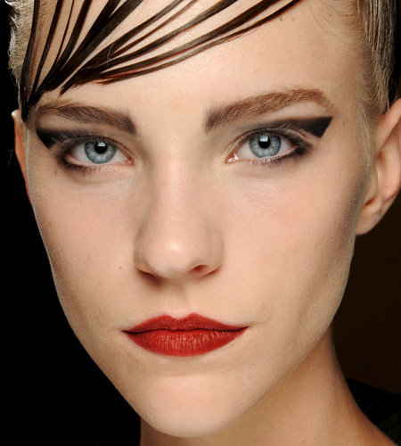 make up armani 7