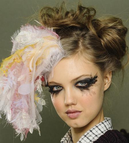 make up chanel 10