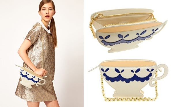 MOSCHINO TEACUP CLUTCH