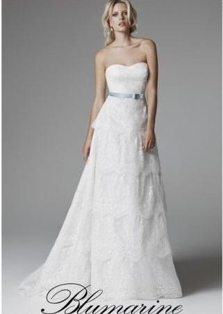 Bè, tanti abiti, tra quali la maggior parte delle spose non saprebbe ...