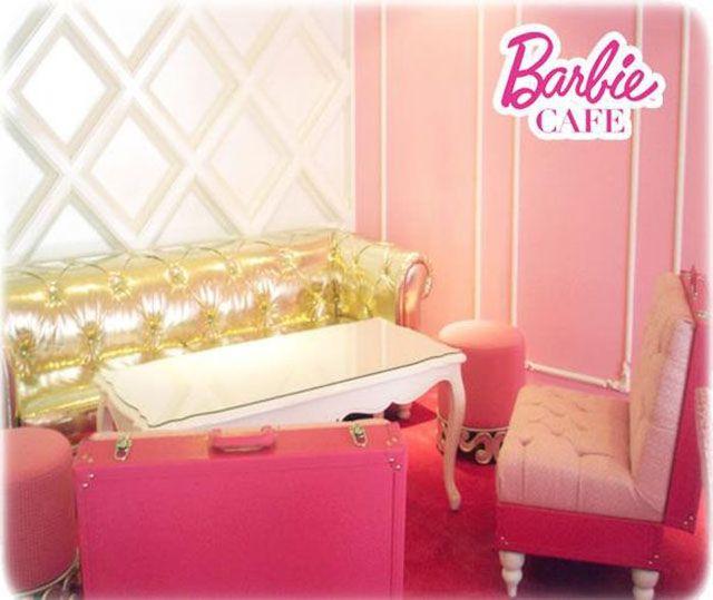 barbie-cafe