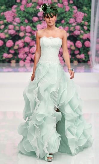 abito da sposa azzurro tiffany