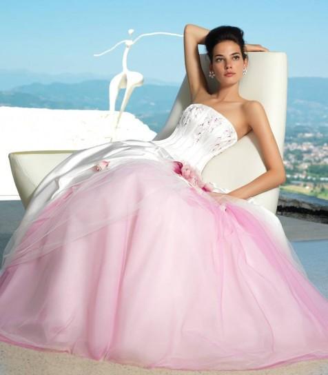 abito da sposa bianco e rosa