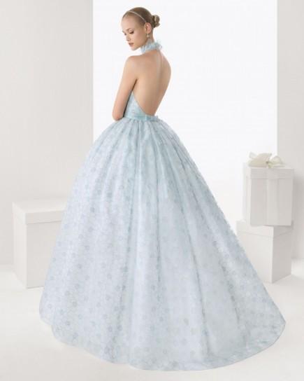 abito da sposa celeste