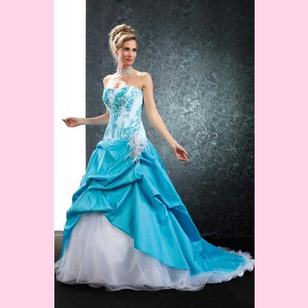 abito da sposa color tiffany