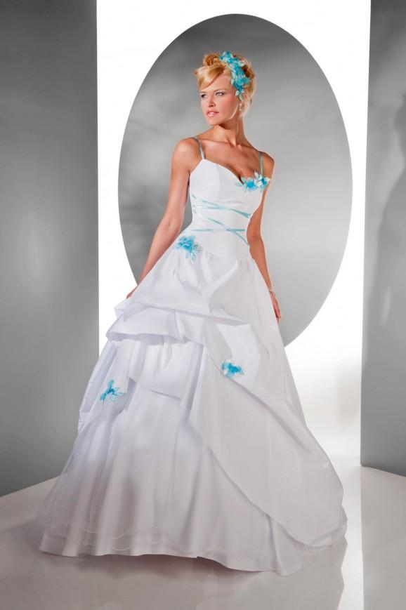 abito da sposa colore tiffany
