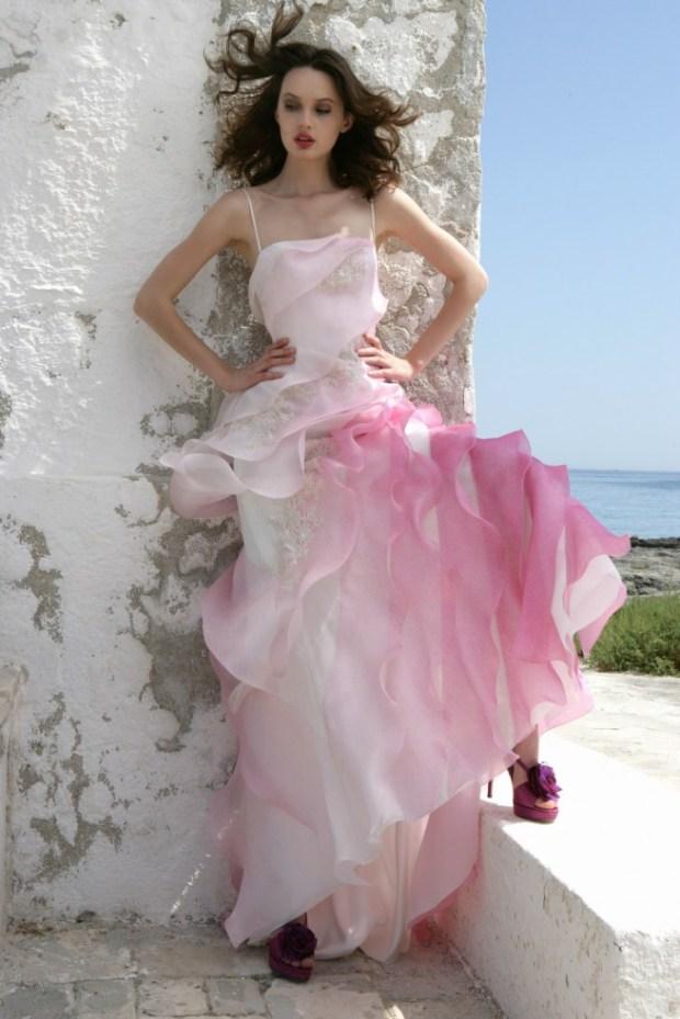 abito da sposa rosa fucsia