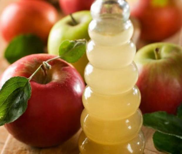 aceto di mele per capelli