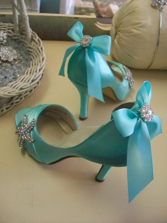 Scarpe Da Sposa Color Tiffany.La Sposa Romantica Tiffany Bouquet