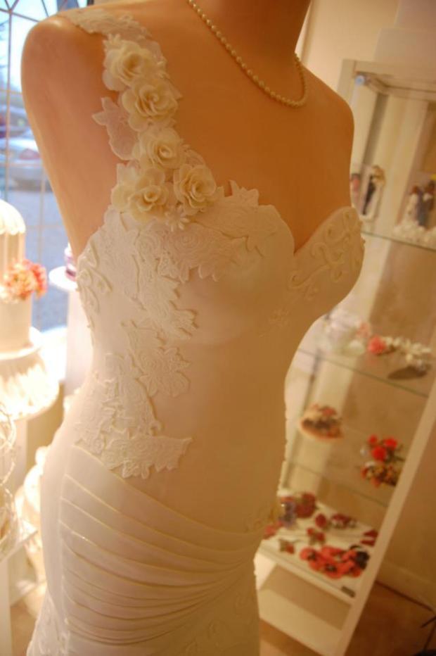 wedding dress cake 2013 2