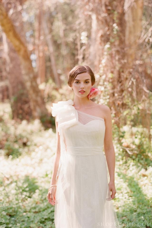 abito da sposa rouche primavera 2013 11