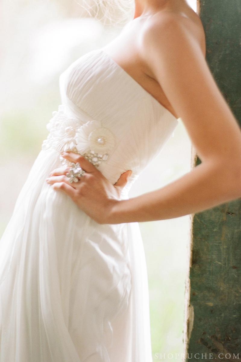 abito da sposa rouche primavera 2013 15