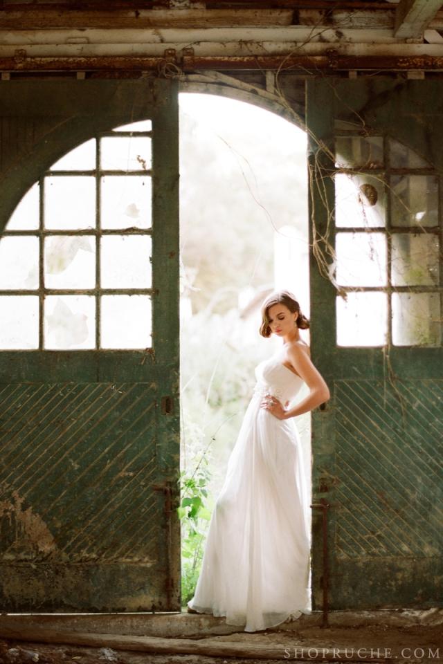 abito da sposa rouche primavera 2013 27