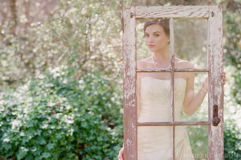 abito da sposa rouche primavera 2013 47