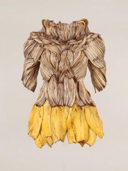 vestito di bucce di banane