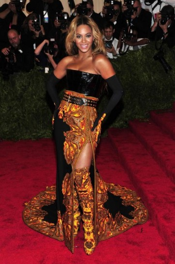 beyonce-in-givenchy met gala 2013