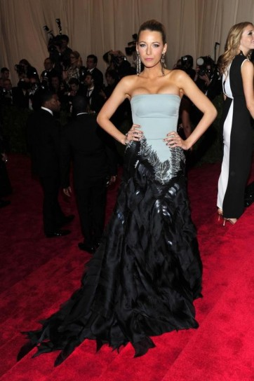 blake lively in gucci premiere met gala 2013