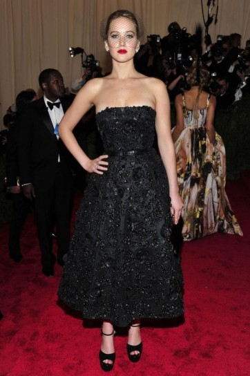 jennifer-lawrence-in-christian-dior met gala 2013