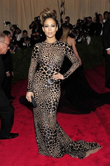 jennifer-lopez-in-michael-kors met gala 2013
