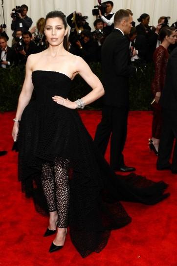 jessica-biel-in-giambattista-valli-couture met gala 2013