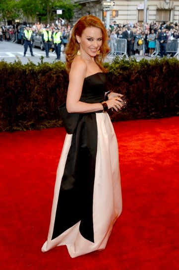 kylie-minogue-in-moschino met gala 2013