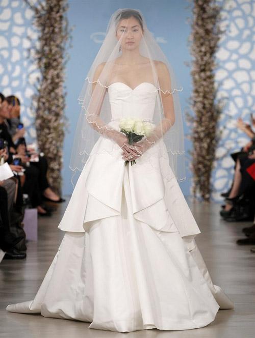 oscar-de-la-renta-wedding-dress-spring-2014-bridal-collection-1