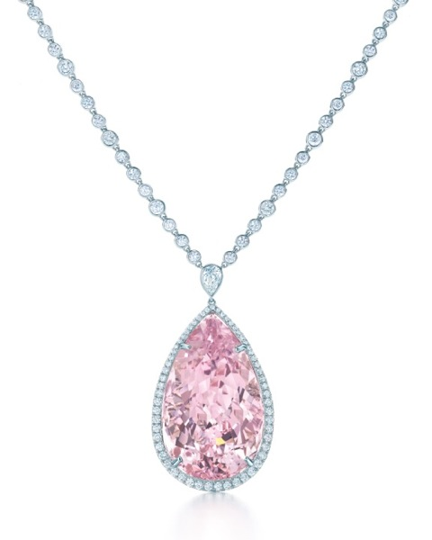 TIFFANY-DIAMOND-AND-MORGANITE-PENDANT-FROM-THE-2013-BLUE-BOOK-COLLECTION-1