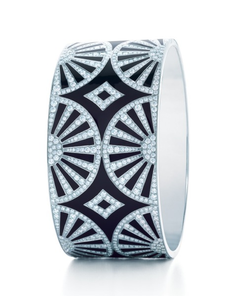 TIFFANY-DIAMOND-BANGLE-FROM-THE-2013-BLUE-BOOK-COLLECTION.