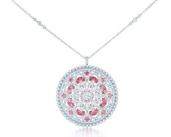 TIFFANY-DIAMOND-PENDANT-FROM-THE-2013-BLUE-BOOK-COLLECTION