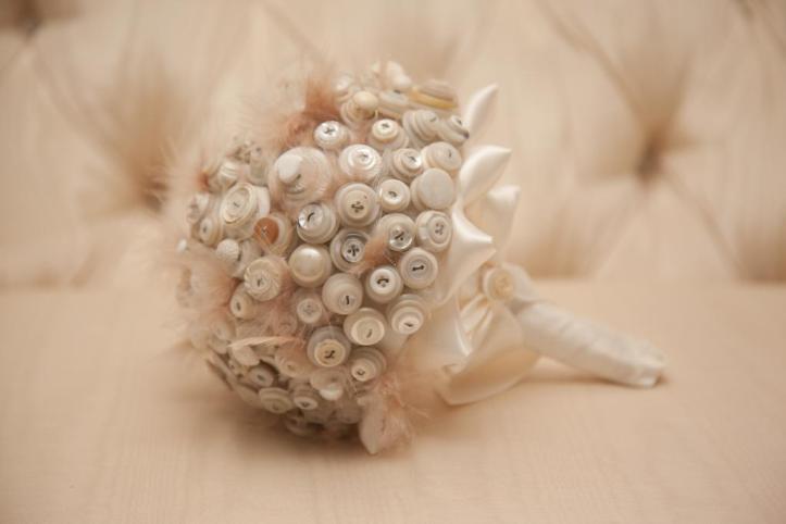 bouquet di bottoni 13