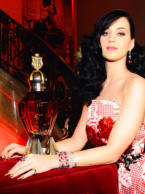 Katy-Perry vprofumo killer queen autunno 2013