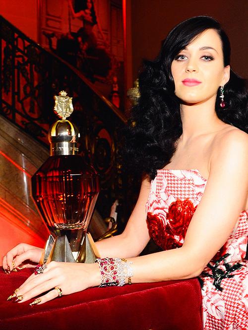 Katy-Perry vprofumo killer queen autunno 2013