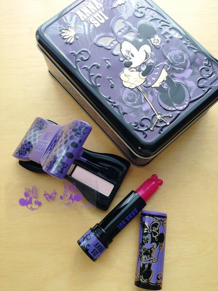 Anna-Sui-Holiday-2013-Minnie-Mouse-One-Night-Only-Collection-Sneak-Peek2