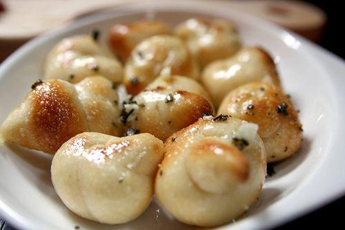 nodini profumati all'aglio