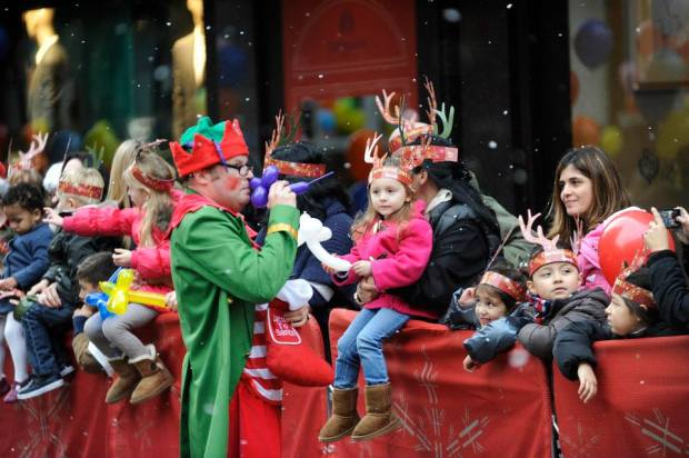 harrods christmas parade 2013