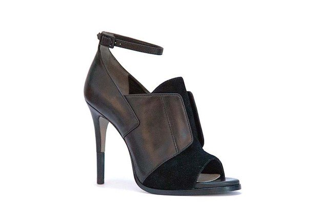cameron diaz shoes collection 2014