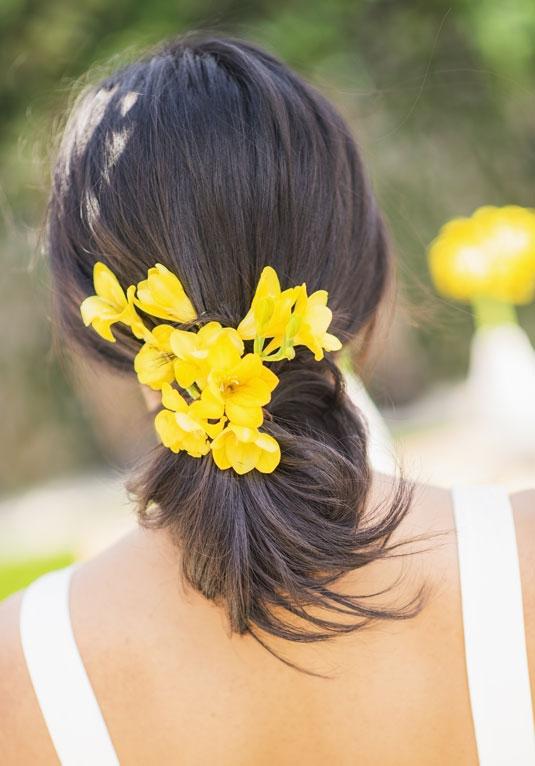 sposa coda con fiore