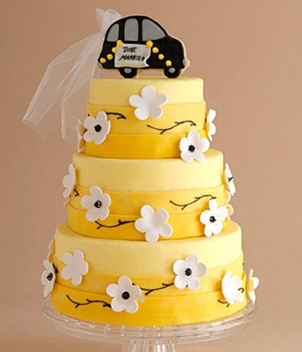 weddin cake yellow