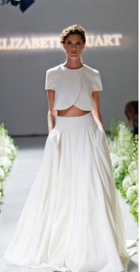 abiti da sposa due pezzi passerella