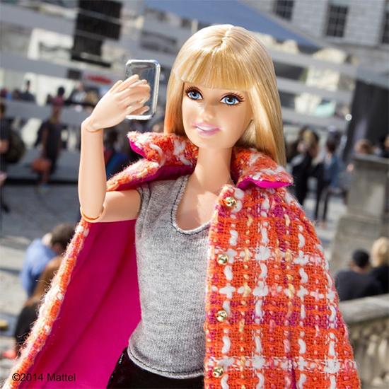 barbie instargam selfie