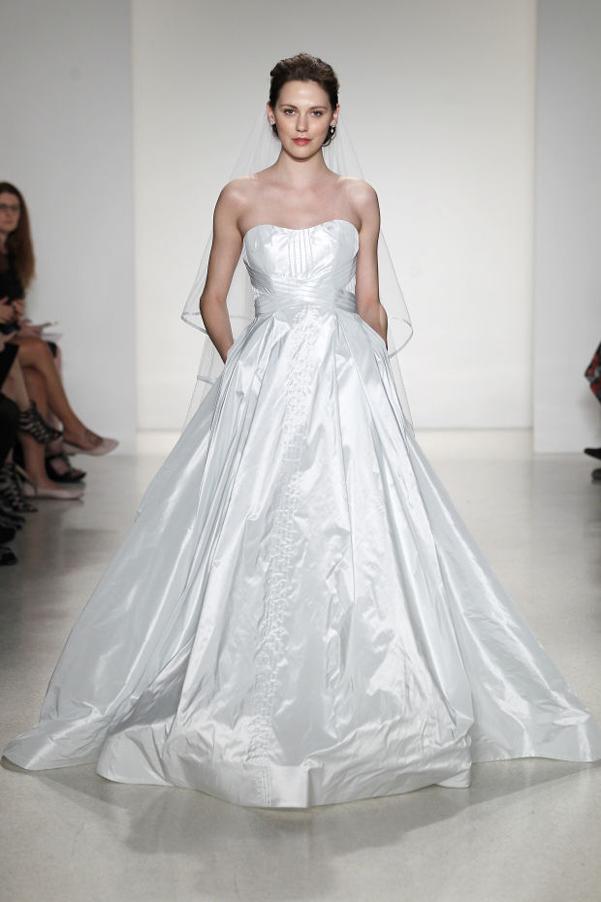 wedding dress frozen