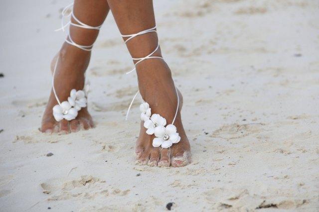 barefoot wedding 5