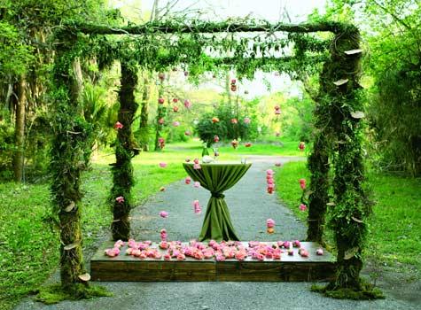 altare di piante matrimonio all'aperto