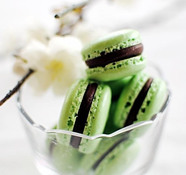macaron menta e cioccolato