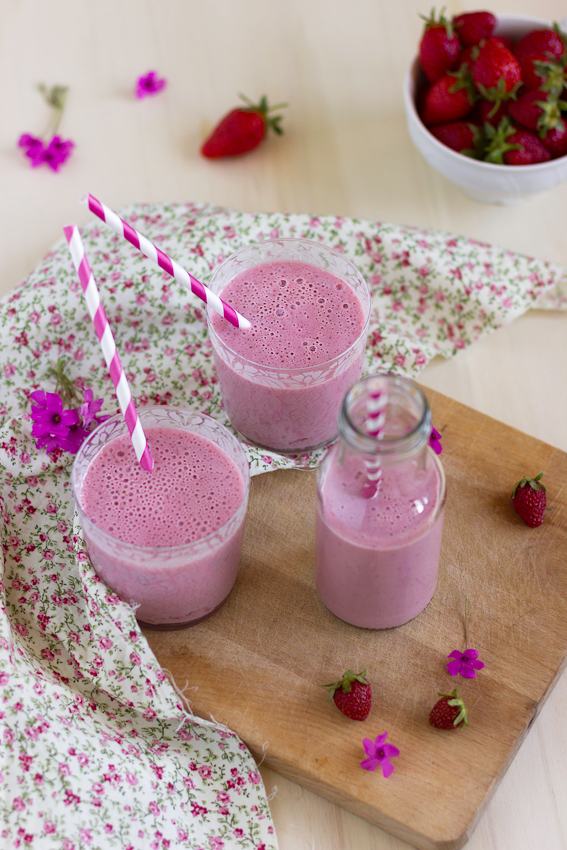 lassi all fragola ricetta