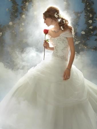 belle-wedding-dress-alfredo-angelo